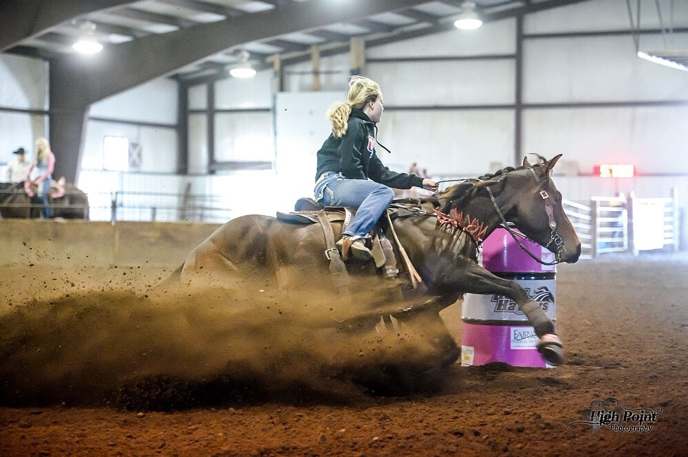 Sami Schnagl Barrel Racing